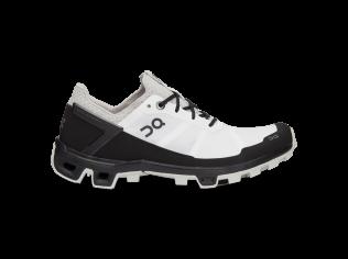 Pantofi Alergare Dama On Cloudventure Peak white black